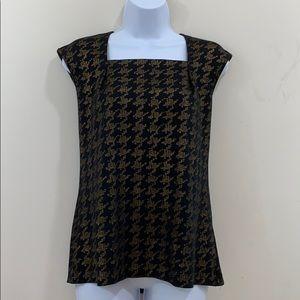 Jasper Sleeveless Squared Neck Shirt  Size M